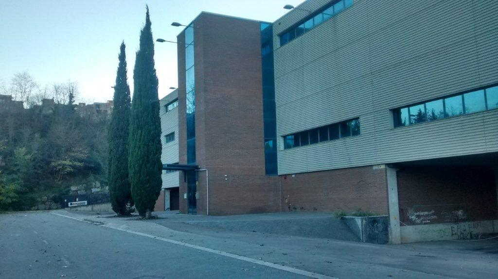 Complejo de 2 naves industriales en alquiler en Sabadell
